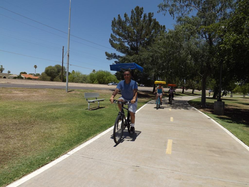bicyclesunshade_rand